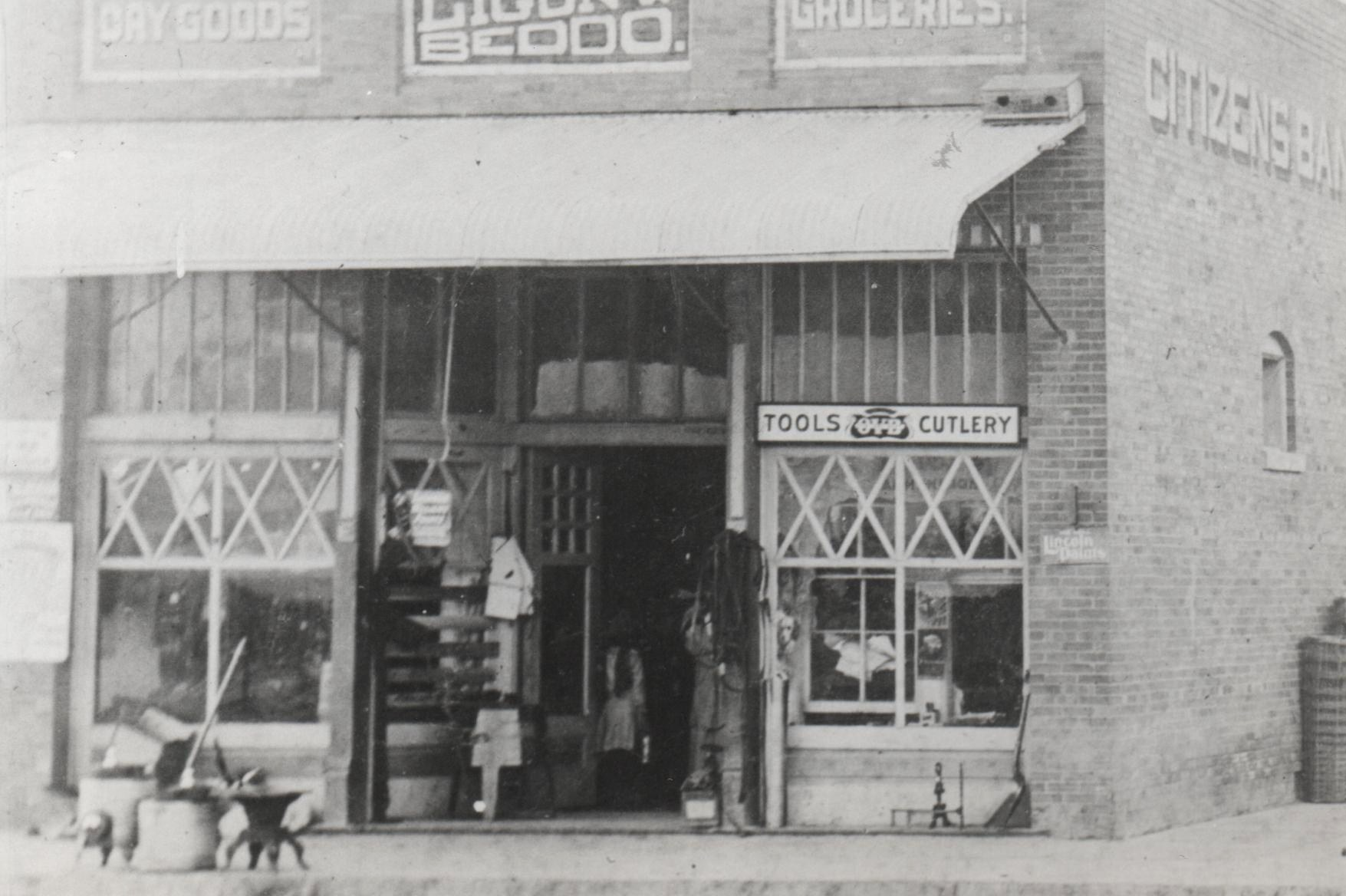 Downtown Red Oak - Ligon's Store